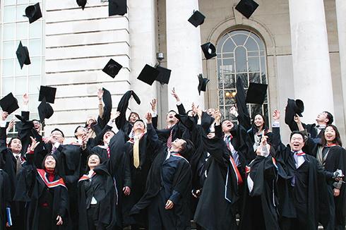 修了・卒業生数142万人以上のヒューマンアカデミー